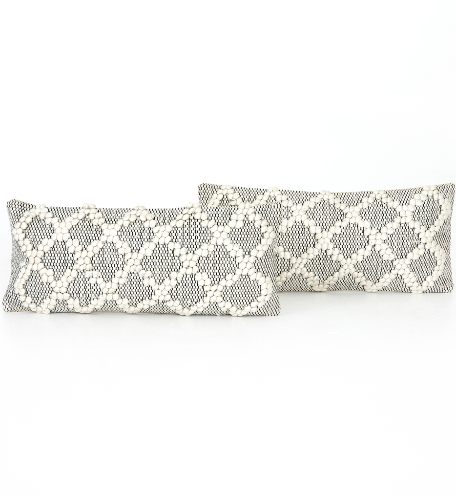 Black & Cream Diamond Pillow (Set of 2)