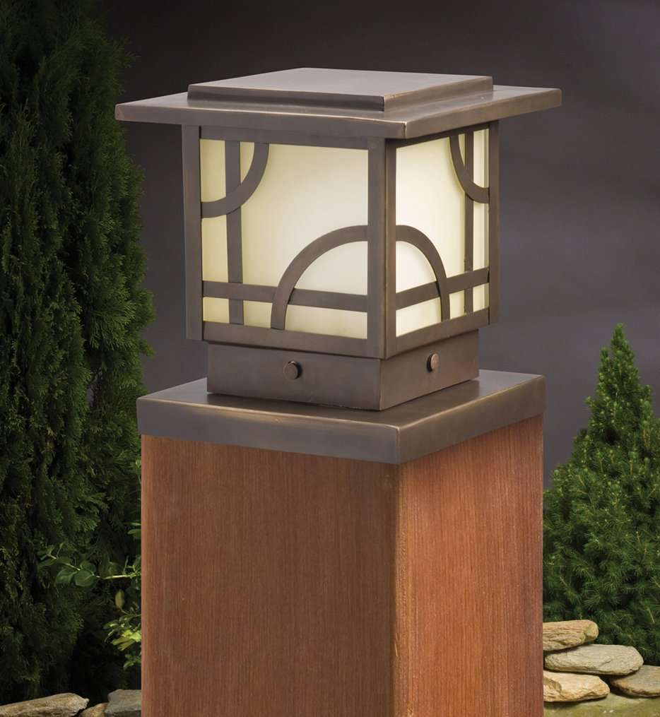 "Larkin Estates 6"" 1 Light Deck Post Light"