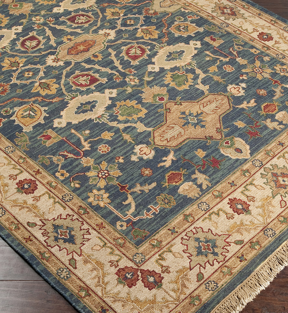 Soumek Traditional Hand Knotted Rug