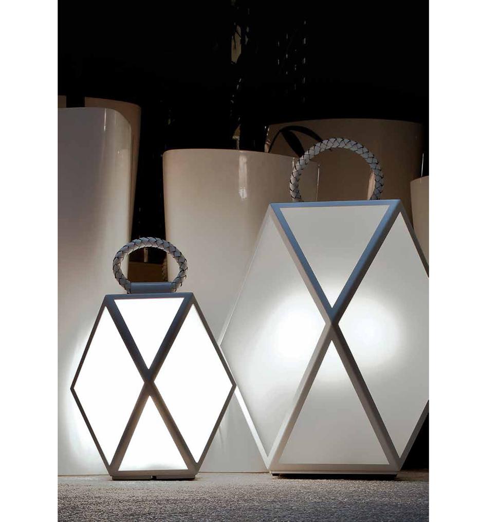 """Muse 23.6"""" Outdoor Floor Lamp"""