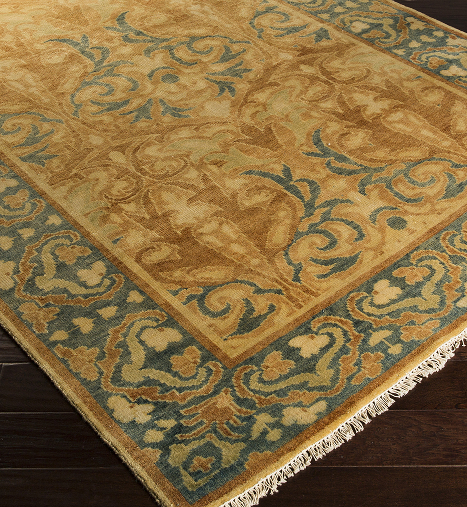Hillcrest Traditional Hand Knotted Rug
