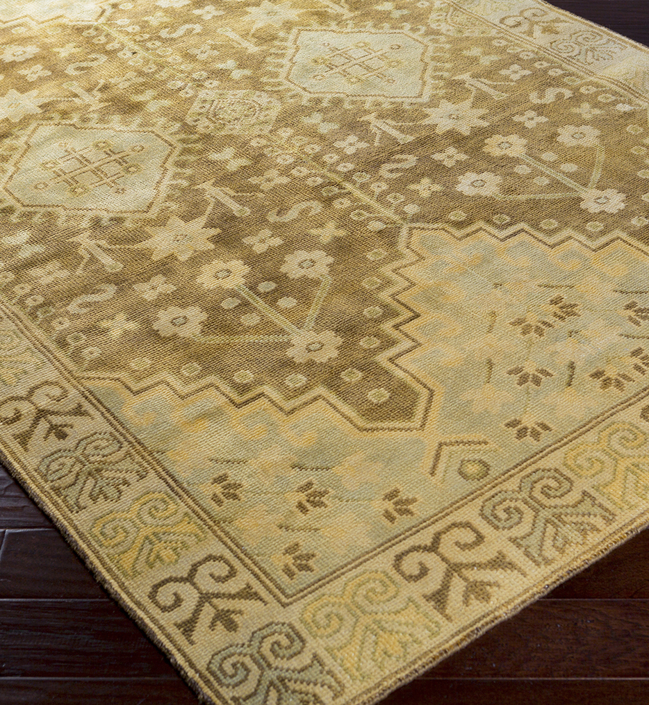 Maiden Traditional Hand Knotted Rug